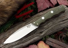 Bark River Knives: Canadian Special - Green Linen Micarta - Red Liner