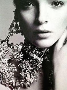 Mariacarla Boscono per Elle Italia, settembre 2012