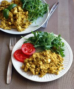 Curried Tofu Scramble Recipe--easy and quick breakfast, lunch or dinner! Vegan and gluten-free.
