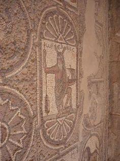 Jordan Petra, Ancient Discoveries, Roman Era, Jordan Travel, Ancient Mysteries, Iron Age, Architecture Old, Lost City, Holy Land