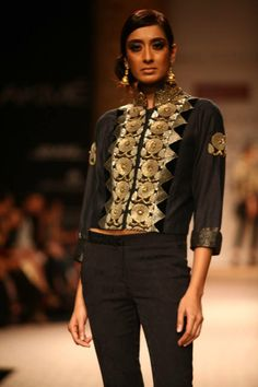 Ritu Kumar's Vintage Collections at Lakme Fashion Week