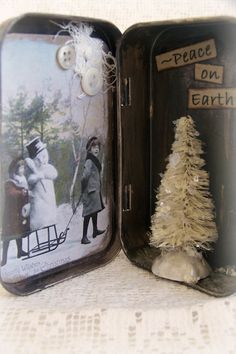 Altered Altoid Tin Shadowbox~ Vintage Christmas by QueenBe