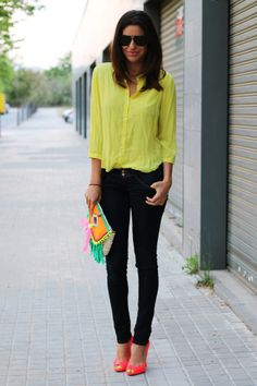 Black jeans and colourful accessories