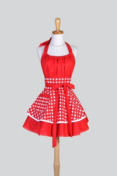 Flirty Chic - Vintage Large Red and White Gingham Pinup Apron - Creative Chics - 1