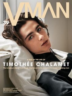 Call Me By Your Name star Timothée Chalamet covers VMAN's latest issue. The actor links up with photographer Collier Schorr and stylist Robbie… Beautiful Boys, Pretty Boys, Cute Boys, Beautiful People, Beautiful Dresses, Lucky Blue Smith, Cover Shoot, Xavier Dolan, Timmy T