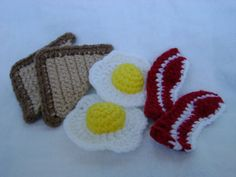 Breakfast Set Play Food Crochet..I think I'll have Kellan knit these for me so I can save them for my children