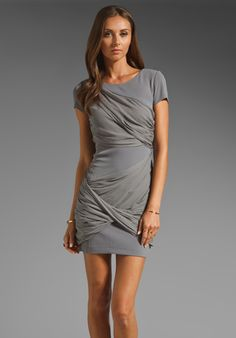 ALICE + OLIVIA Short Sleeve Goddess Dress in Grey