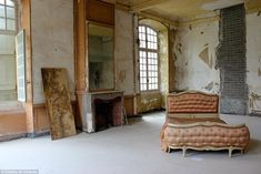 Chateau de Gudanes - part of the Vogue photoshoot, the bed give an amazing sense of the scale of the room.
