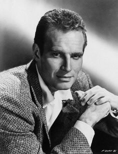 Charlton Heston,please tell me that I am not the only person in the world that thinks Andy murray is a dead ringer for Charlton Heston.