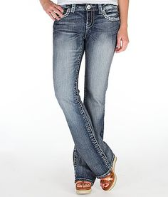 Daytrip Virgo Boot Stretch Jean from The Buckle -- LOVE these jeans. I just got these the other day & fell in love. very cute & comfy