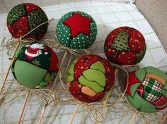 Risultati immagini per bolinha de natal patchwork