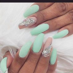 50 Coffin Nail Art Ideas Another sea royalty vibe with this matte sea green nail polish, one with additional glitters and a naked color with beautiful diamonds. Blue Coffin Nails, Matte Nails, Blue Nails, Glitter Nails, Acrylic Nails, Nail Pink, Blue Gel, Mint Green Nails, Yellow Nail