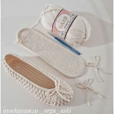 Knitting Patterns, Diy And Crafts, Espadrilles, Slippers, Sneakers, Shoes, Instagram, Fashion, Fuzzy Slippers