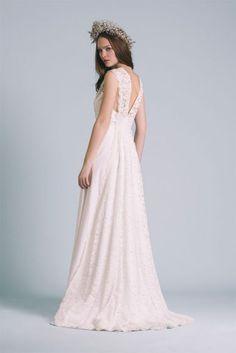 Robes de mariée - Atelier Anonyme - Collection 2017 | Modèle : Louison | Photographe : Elodie Timmermans | Donne-moi ta main - Blog mariage