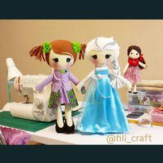 #handmade #handmadedoll #fabricdoll #clothdoll #felt #flanel #dollmaker #dollmaking #boneca #boneka #jualboneka #bonekalucu #bonekaunik #bonekakain #softtoy #craftproject #sewingproject #cute #gift #doll #dolldesign #dollpattern #custommade #filicraft #disney #princess #queen #disneyprincess #Elsa #frozen