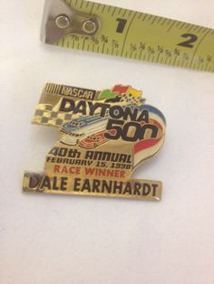 NASCAR Daytona 500 40th Annual February 15 Dale Earnhart Lapel / Hat Pin 1998