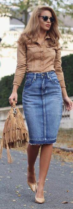 Fashion Trends Daily - 34 Stylish Fall - Winter Outfits On The Street 2016 - Tan Suede Shirt + Denim Midi Skirt Mode Outfits, Casual Outfits, Fashion Outfits, Fashion Trends, Outfits 2016, Fashion Shirts, Denim Fashion, Fashion Styles, Dress Fashion