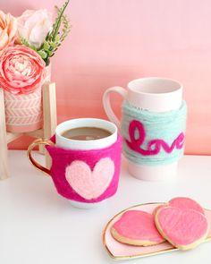 taza de corazón con fieltro