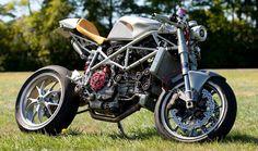 Il DUCATISTA: Ducati Special Café Racer Project by Speedzilla