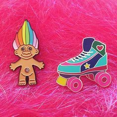 Teasure Troll and Roller Skate enamel pins. By fairycakes on Etsy. (https://www.etsy.com/shop/fairycakes)