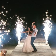 Get stunning photos with these cold fireworks sparkler fountains for your destination wedding on the beach. Wedding Fireworks, Wedding Sparklers, Simple Beach Wedding, Simple Weddings, Beach Ceremony, Wedding Ceremony, Reception, Wedding Music, Dream Wedding