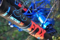 """Pivot Firebird """"red eagle"""" custom - custom bike by www.bikeinsel.com  #Pivot #Firebird #bikeinsel #SramEagle #Foxracingshox #Hope Firebird, Custom Bikes, Coke, Energy Drinks, Red Bull, Coca Cola, Eagle, Mtb Bike, Eagles"""