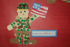 Veterans Day craft for kids -- sponge paint for the camo effect! What a great kid's craft idea for a camo party too. This can be done using brown and green tissue paper or a using a sponge dipped in green and brown paints. Classroom Crafts, Preschool Crafts, Crafts For Kids, Classroom Ideas, Classroom Teacher, Kindergarten Crafts, Preschool Activities, Veterans Day Activities, Holiday Activities