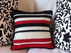 Stunning little crochet cushion  by Handbag Sue, via Flickr.  Living room pillow, make in brown, cream and tan?
