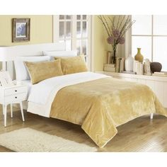 Chic Home Ernest 3-Piece Plush Micro suede Sherpa Blanket, Queen, Camel, Pillow Shams Included, Beige