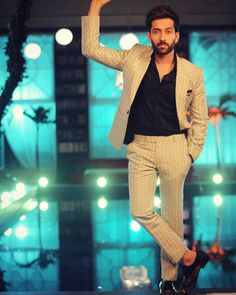 2449 Best Shivika/Narbhi/Ishqbaaaz images in 2019 Blazer For Men Wedding, Wedding Men, Wedding Suits, Nakul Mehta, Blazers For Men Casual, Blazer Outfits Men, Ballroom Costumes, Mr Perfect, Indian Designer Suits