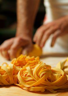 Taverna del Postiglione Via Marchesana,6 Bologna tel. 051263052