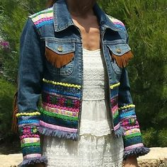 Visual result of jeans with trimmings. - Do it Yourself Clothes Jean Crafts, Denim Crafts, Diy Jeans, Denim And Lace, Denim Fashion, Boho Fashion, Estilo Hippie, Denim Ideas, Refashion