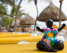 [Discover Curacao] Chichi loves Mambobeach