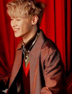 His smile lights up even the darkest hearts Nct 127, Winwin, Yang Yang, Taeyong, Jaehyun, Wattpad, Nct Debut, Smile Gif, Bae