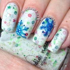 love the snowflakes ... by madamluck #nail #nails #nailart