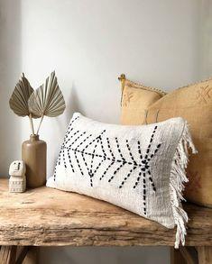 Boho Cushions, Scatter Cushions, Diy Pillows, Decorative Pillows, Throw Pillows, Velvet Cushions, Bedroom Cushions, Decorative Accents, Decorative Items