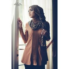 scarf + blouse