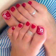 58 ideas for summer pedicure designs toenails toe rings Pretty Toe Nails, Cute Toe Nails, Pretty Toes, Toe Nail Art, Pretty Pedicures, Feet Nails, Beautiful Toes, Toe Nail Designs, French Pedicure Designs