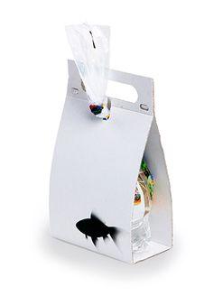 Fish carrier packaging // Simon Kern