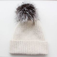 Recipe for Crochet hat - version 2 - Lutter Idyll Diy Crochet And Knitting, Crochet Shoes, Crochet Clothes, Baby Knitting, Baby Hat Patterns, Knitting Patterns, Crochet Patterns, Faux Fur Pom Pom, Diy Hat