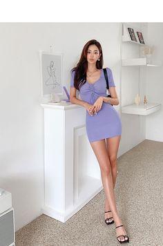 Legs, Cabinet, Beauty, Clothes Stand, Closet, Cupboard, Beauty Illustration, Bridge, Vanity Cabinet