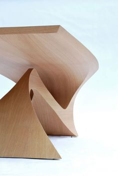 'Form Follow Function'   Table by Daan Mulder