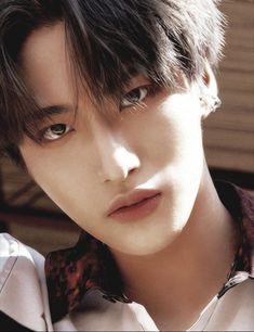 Yg Entertainment, Jin Dad Jokes, Cute Asian Guys, All About Kpop, Woo Young, Sehun, Celebrities, Memes, Singers