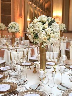 Atelier Dual All White Centerpiece White Centerpiece, Centerpieces, Table Decorations, Atelier Design, Design Floral, All White, Table Settings, Furniture, Home Decor
