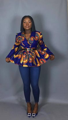 In a gorgeous brightly coloured Java print, the Ampomah Top has a fitted bodice and fashioned with a gathered peplum hem. Perfect addition to your fall/winter wardrobe. Java, Parfait, African Fashion, Top, Style, Hemline, Fall Winter, Colors