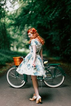 A Clothes Horse: Outfit: Bluebird Retro Fashion, Vintage Fashion, Pin Up, Cycle Chic, Bicycle Girl, Bike, Mode Vintage, Clothes Horse, Ethical Fashion