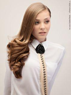cravatta di capelli con hair design