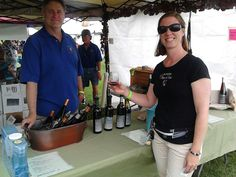 Tips for Volunteering at a Wine Event - WineTable.com