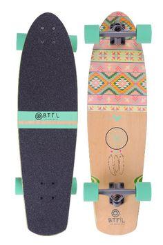 BTFL Betty - Komplettboard - Longboard, Pintail Cruiser mit Kicktail, 82 cm - Made for Girls 169,00 Euro auf Amazon.de. Über das Bild geht's zur Bestellseite.