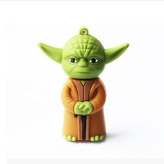 Star Wars Yoda USB Flash Drive Star Wars merchandise http://funstarwars.com/shop/star-wars-gifts/star-wars-yoda-usb-flash-drive/ 9.75 Specification:   USB connection,support Hot plug & Play.  No external power supply .  Support different types of os.  Solid State Storage, Shock proof and electromagnetic proof.  Durable data storage  Fast speed in write/read transfer  Hardware Requirement: PC with USB connection,Notebook,MAC